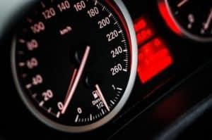 תאונת דרכים ללא רישיון נהיגה בתוקף - האם אתה זכאי לפיצויים